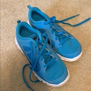 NEW Nike Boys 2Y Blue Shoes